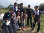 長崎の海辺でクリーンウォーキング(海岸清掃ボランティア)